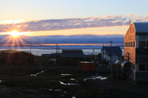 The town of Kugluktuk at its darkest moment during the summer. The sun never completely sets this far north! (Photo credit: John Kelly)