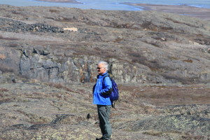 Dr. Rob Macdonald, Ph.D. stops to search for more stromatolite fossils. (Photo credit: John Kelly)